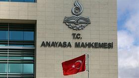 Anayasa Mahkemesi, gazetecilere yüzde beş fazla mesai faizi ödenmesini iptal etti