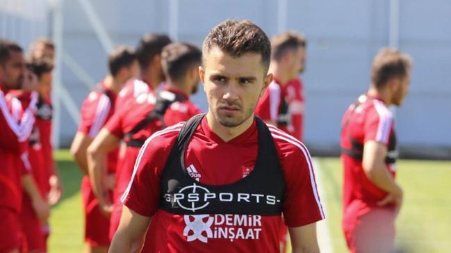 Beşiktaş, Emre Kılınç için 2 milyon Euro'yu gözden çıkaracak