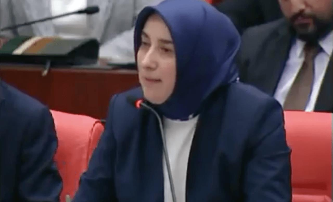 Zihniyet hala aynı! CHP'den 'Bu hanıma haddini bildirin' skandalı