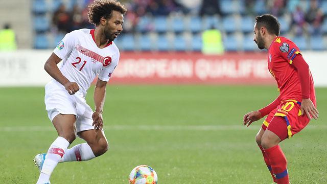 Nazım Sangare'yi Fenerbahçe de istiyor
