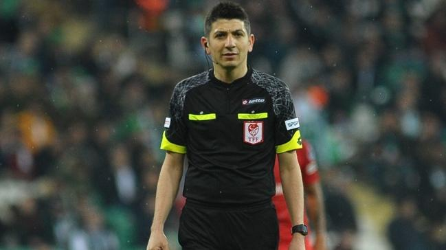 Süper Lig'de 12. haftanın maçlarını yönetecek hakemler açıklandı