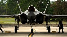 F-35 teslimatıyla ilgili çarpıcı sözler: Vermezlerse çok iyi olur