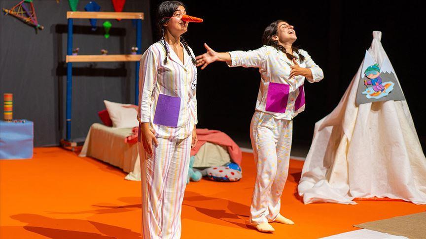 DasDas Çocuk 3 yaş üzeri çocukları tiyatroyla buluşturuyor
