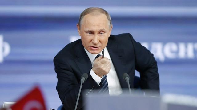 Putin: Her şeye rağmen kesinlikle bu silahı mükemmel hale getireceğiz