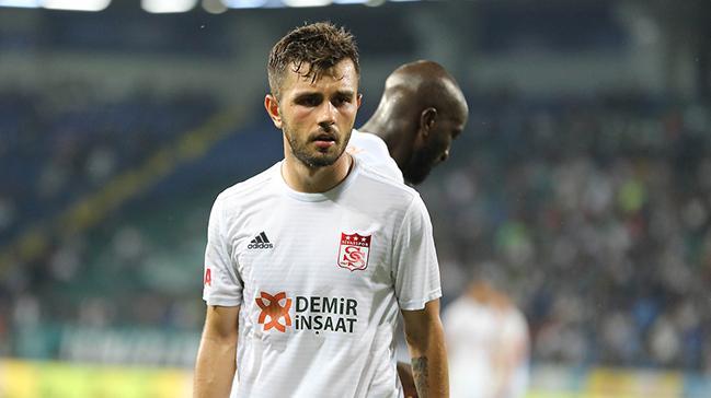 Sivassporlu Emre Kılınç: Ligin zirvesinde kalıcı olmayı arzuluyoruz