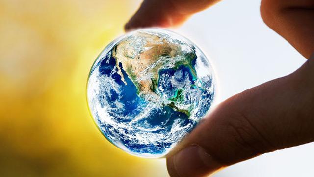 Dünyada artan risklerden dolayı küresel piyasalar karışık seyrediyor