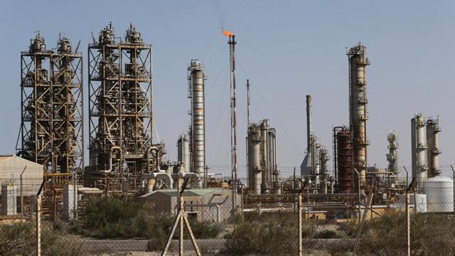 Libya'daki El-Fil petrol sahasının üretimi durduruldu