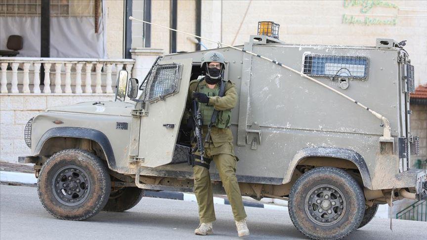 İsrail güçleri, Filistin Devlet Televizyonu çalışanlarını gözaltına aldı