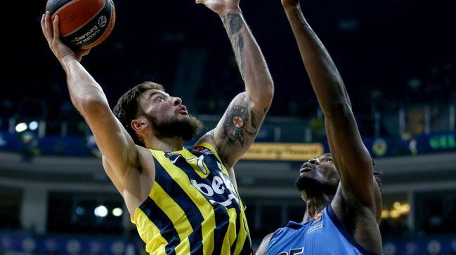 Fenerbahçe galibiyeti uzatmada aldı