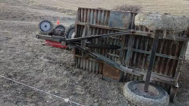 Elazığ'da devrilen traktörün altında kalan zabıt katibi öldü