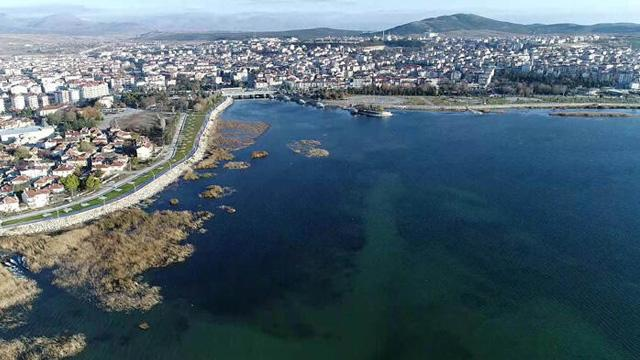 Beyşehir Gölü'nde şoke eden olay: Derinlik 20 metre düştü