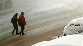 Uludağ'da kaybolan dağcılardan ilk iz: Kırmızı mont bulundu
