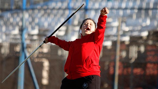 Özel sporcu Beyza, dünya şampiyon olup Cumhurbaşkanı Erdoğan ile tanışmak istiyor