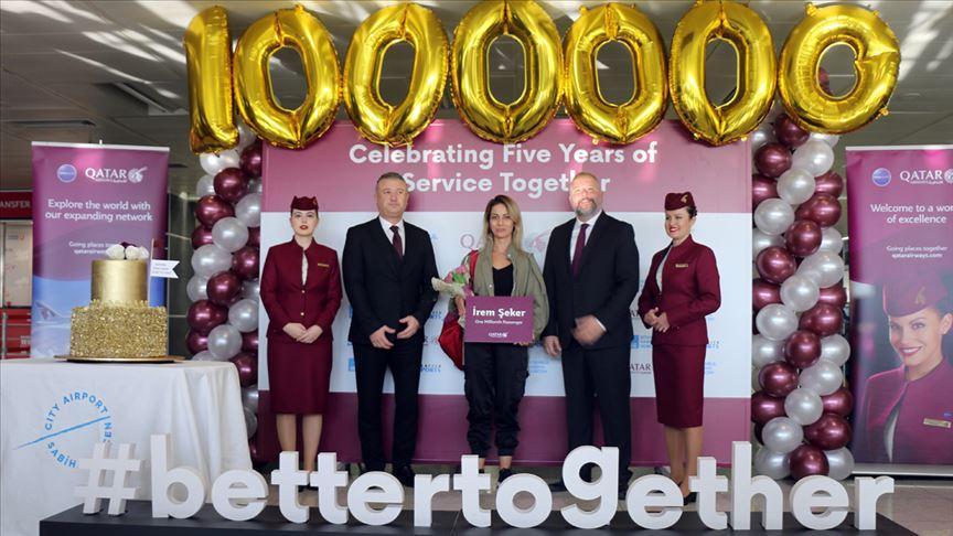 Doha'dan Sabiha Gökçen Havalimanına gelen bir milyonuncu yolcuya tören