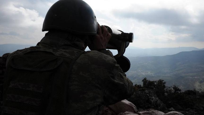 PKK/YPG'li 2 terörist, örgütten kaçarak Suruç'taki hudut karakoluna teslim oldu