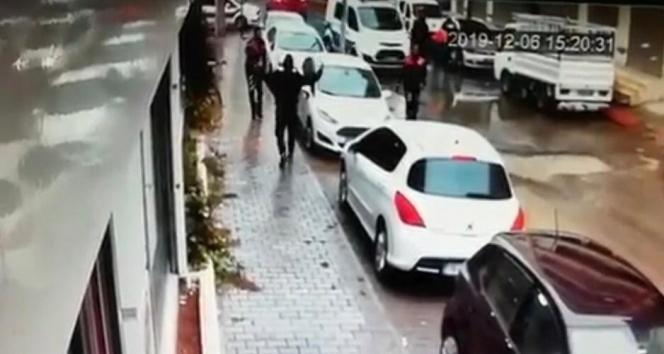 Sokak ortasında cinayetin katil zanlısı böyle yakalandı