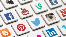 Sosyal medya uzmanları fenomenlerin gençler üzerindeki etkilerini anlattı