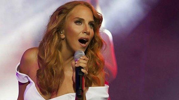 Sertab Erener: Ben ünlü değilim, çekmeyin beni