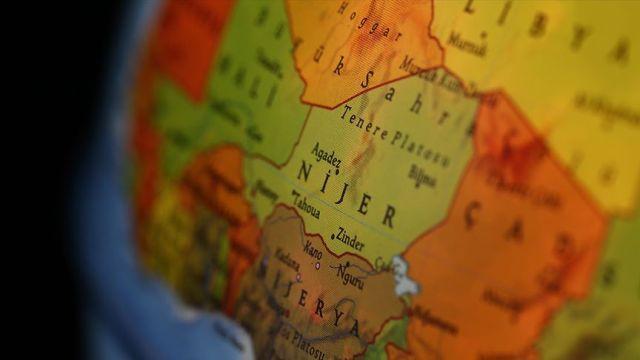 Nijer'de askeri garnizona saldırı: 70 ölü