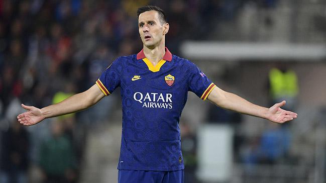 Dünyaca ünlü golcü Nikola Kalinic, Süper Lig devlerine bedavaya önerildi