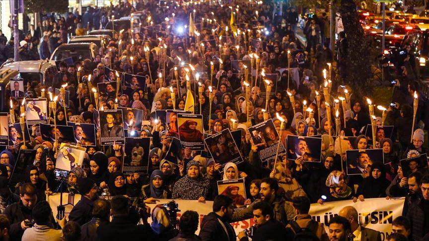 İstanbul'da Mısır cezaevlerindeki koşullara dikkati çekmek için yürüyüş yapıldı