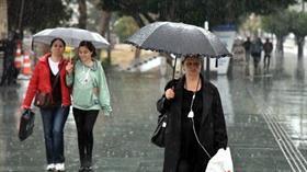 Antalya'da 'kırmızı kodlu' uyarı kaldırıldı