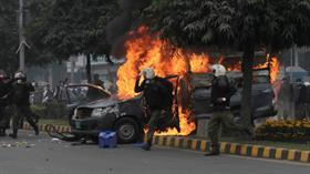 Pakistan'da avukatlar hastaneyi bastı, bakana saldırdı, doktorsuz kalan bazı hastalar öldü