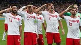 UEFA'nın asker selamı kararı belli oldu! Ceza yok...
