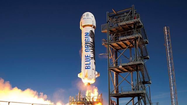 Amazon'un sahibi Bezos'un uzay aracı fırlatıldı