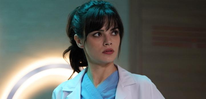 Mucize Doktor Nazlı kim? Mucize Doktor'un Nazlı'sı Sinem Ünsal kimdir?