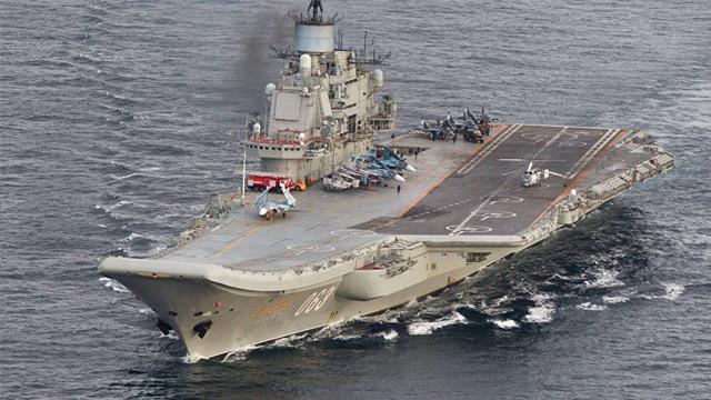 Rus uçak gemisinde yangın