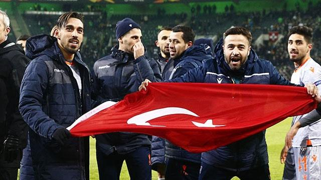 TBMM Başkanı Mustafa Şentop'tan Başakşehir'e kutlama