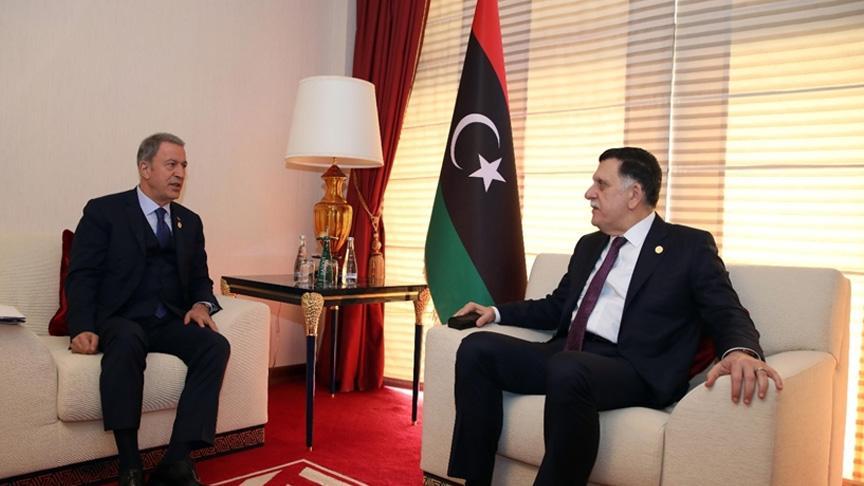 Son Dakika... Bakan Akar, Libya Ulusal Mutabakat Hükümeti Başkanlık Konseyi Başkanı Fayiz es-Serrac ile görüştü