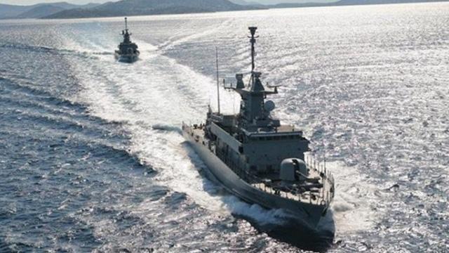 Türkiye'den Doğu Akdeniz'de bir hamle de İsrail'e! Türk donanması araştırma gemilerini uzaklaştırdı
