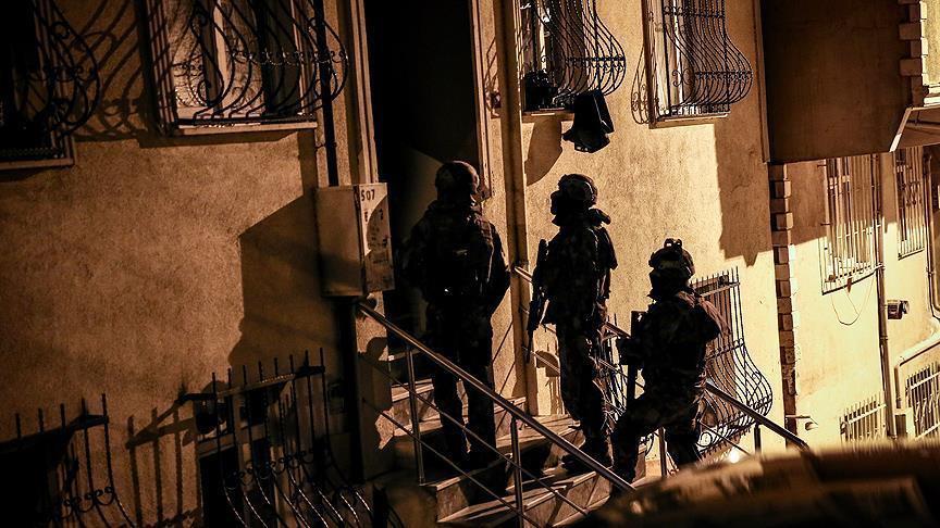 İstanbul'da zehir tacirlerine şafak operasyonu: 103 gözaltı