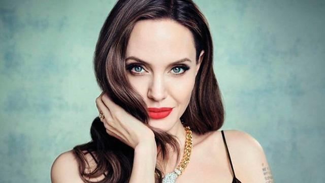 'Angelina Jolie fikrimi çaldı'