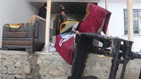 Van'ın soğuğunda evleri yandı! Yardım bekliyorlar
