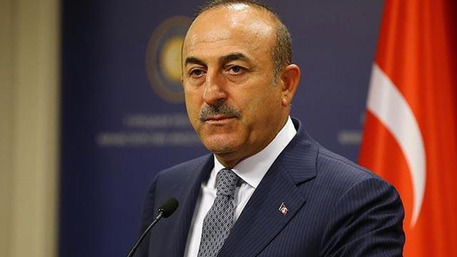 """Dışişleri Bakanı Çavuşoğlu'ndan Yunanistan'a """"Hafter"""" tepkisi!"""