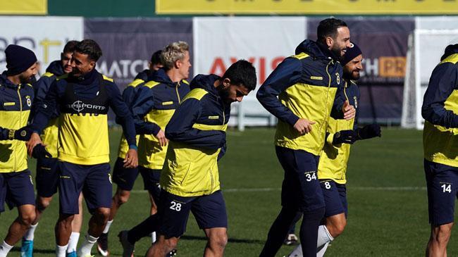 Fenerbahçe ikinci yarıyı deplasmanda açıyor! Gaziantep FK-Fenerbahçe muhtemel 11'ler