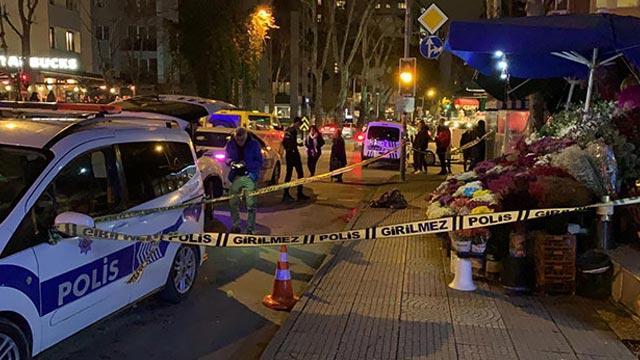 Kadıköy'de dehşet yaşandı! Bir kişi çiçek satan eşini ve annesini silahla öldürdü