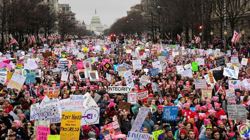 Trump karşıtı 'Kadınlar Yürüyüşü'ne binler katıldı