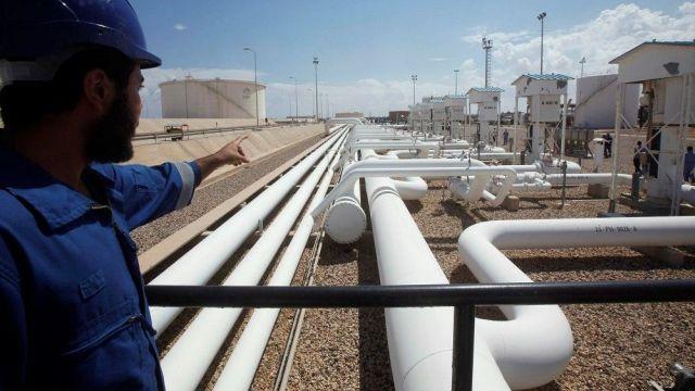 Kritik zirve sürerken, Libya'daki petrol akışının durdurulduğu belirtildi