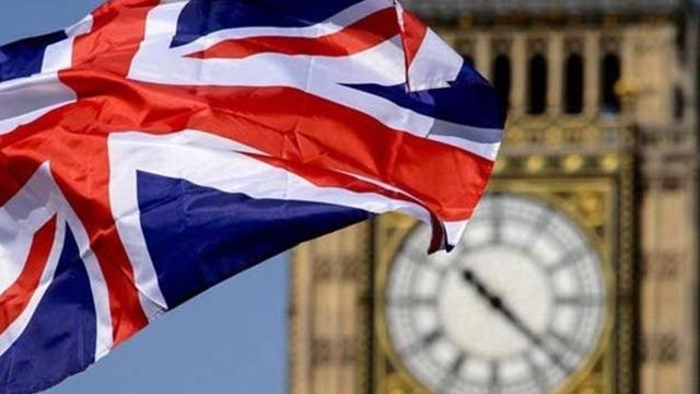 İngiltere'deki Lordlar, tehlike altında Londra dışına çıkıyor