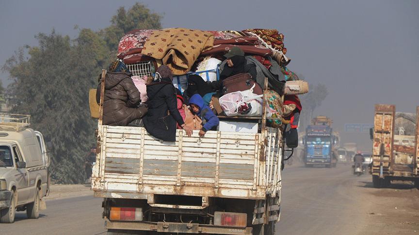 Son 3 günde katil Esed ve destekçilerinden kaçan yaklaşık 27 bin sivil daha Türkiye sınırında