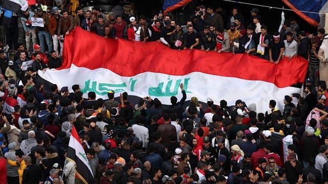 Irak'ta göstericilerden hükümete tehdit: Gerilimi tırmandırırız