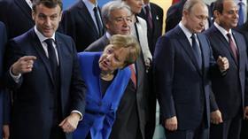 Libya Konferansı'nda kaybolan Putin'i Merkel ve Macron aradı