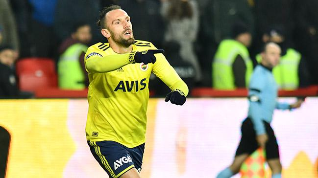 Tottenham, Vedat Muriqi için Fenerbahçe ile yeniden görüşecek