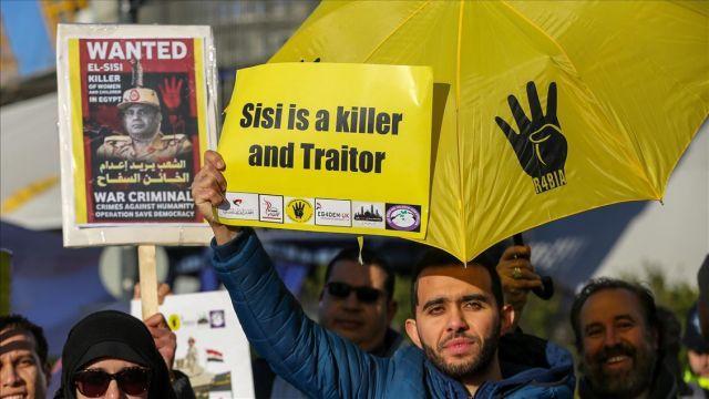 Sisi, Londra'da protesto edildi