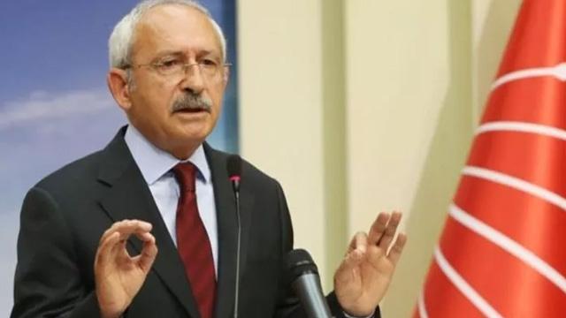 CHP Adana eski Milletvekili Turgay Develi Kılıçdaroğlu'na isyan etti: Teslim olmayacağız, başaramayacaksınız!