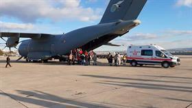 Somali'deki bombalı saldırıda yaralananlar Türkiye'ye getirildi